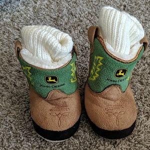 Baby JOHN DEERE slipper booties sz 3-6 mos euc